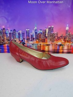 Womens shoes NATURALIZER SOFT SHOE red leather Low Stretch Pumps sz 7.5 2A/4A