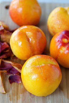 Perfectly Peeled Peaches from @cookincanuck @Dara Michalski