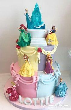 Princess Cake - Princess Cake Prinzessin Cake – 13 Source by fargievazamira Disney Princess Birthday Cakes, 4th Birthday Cakes, Princess Theme Cake, Princess Cake Toppers, Disney Birthday, Princess Party, Prince Cake, Barbie Cake, Disney Cakes