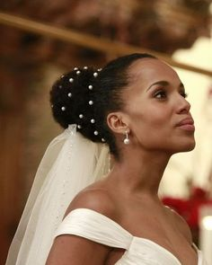 Kerry Washington Shared a Scandalous Secret About Olivia Pope's Wedding Dress Scandal Quotes, Fantasy Wedding, Olivia And Fitz, Olivia Pope Style, Bridal Beauty, Kerry Washington, Couture Wedding Gowns, Wedding Pictures, Diamond Earrings