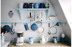 Open kitchen wall shelves isn't a storage solution for everybody. Although they look great and could work well in small kitchens by occupying tight spaces. Bathroom Design Small Modern, Open Shelving, Simple Bathroom Designs, Bathroom Tile Designs, European Bathroom Design, Accessible Bathroom Design, Shelves, Rustic Bathroom Designs, Shelving