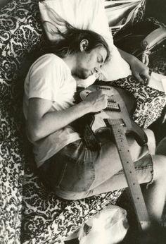 tekena:    Kurt Cobain