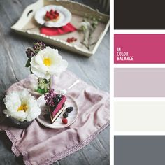 Love grey and pink in wedding decore