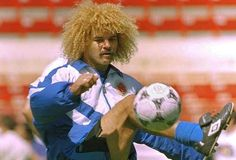 Le capiglaiture più pazze dai giocatori di tutto il mondo  Valderrama  #hair #fashion #capelli #giocatori #taglio #truccoparrucco #calcio #fun #funny #like4like #happiness #love #ultras #amici #top #tifosi #capitano #quadra #fifa #mondo #money