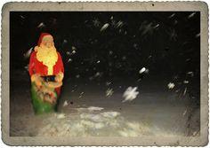Magic Christmas Snow by Theresa Thompson, via Flickr