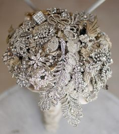 Brooch bouquet Brooch Bouquets, Bling Bouquet, Boquet, Bouquet Toss, Flower Bouquets, Bling Wedding, Wedding Bouquets, Wedding Brooches, Wedding Bells