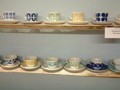 Romuritari - Arabian vanhat astiat ja tavarat Savi, Floating Shelves, Design, Home Decor, Corning Glass, Decoration Home, Room Decor, Wall Shelves