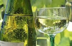 Culinary Word of the Day: White Bordeaux  The elegant arome, softness and vivacity of Bordeaux dry white wines comes from the subtle blend of several grape varieties. Bordeaux wines are a light briliant color and fruity, crisp and leave a delightful fresh impression on the palate.