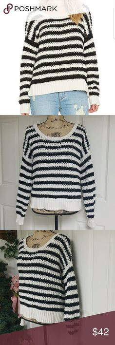 Free People Sweater Excellent condition   Black and white striped sweater Free People Sweaters