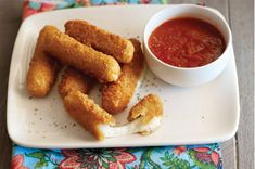 Easy baked mozzarella sticks with zesty marinara recipe