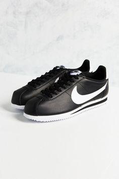 dc221544e8063d Nike Classic Cortez Leather Sneaker