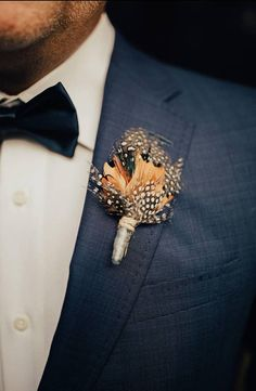 Custom Lapel Pin Brooches Peacock Feather Ethnic Style Banquet Badge Pins Trendy Accessory Jacket T-Shirt Bag Hat Shoe