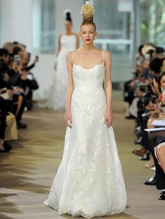 Embroidered Scoop Neck Bodice Wedding Dress | Jena by Ines di Santo Spring 2018