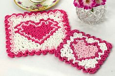 Ravelry: Wiggly Valentine Hot Pad and Coaster pattern by Susan Lowman for Valentine's Day Wiggly Crochet Patterns, Crochet Coaster Pattern, Crochet Chart, Crochet Hot Pads, Cute Crochet, Crochet Books, Crochet Gifts, Holiday Crochet, Crochet Dishcloths