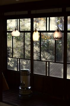 Lights on a rainy day Japanese Interior, Japanese Modern, Room Interior, Interior And Exterior, Interior Design, Japanese Architecture, Interior Architecture, Japanese Style House, Home Living