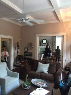 Living Room Design Program Custom Students In The Interior Design Program Toured Two Historic Homes Review
