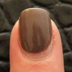 How to remove Gel Nail Polish. I love that it stays perfect for weeks, but its such a pain to remove!!
