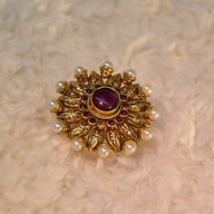 Buy Anvi\'s Big Sized Ring Studded With Ruby Surrounded By Pearls. Gold Rings Jewelry, Gold Jewelry Simple, Pendant Jewelry, Wedding Jewelry, Jewelery, Gold Ring Designs, Gold Earrings Designs, Gold Jewellery Design, Gold Jhumka Earrings