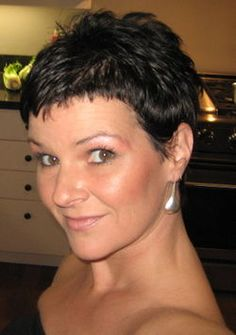 Pixie Haircuts for Round Faces | Cute Pixie Hairstyles Spring 2010 for Women Hairstyles Pictures ...