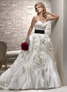 Large View of the Juliette Bridal Gown