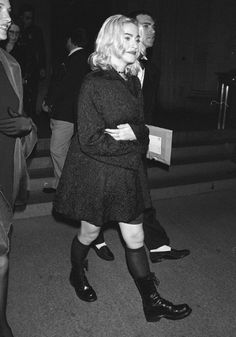 Madonna Madonna 90s, Madonna Fashion, Divas, Still Image, Goth, Punk, Beautiful, Herb, Style