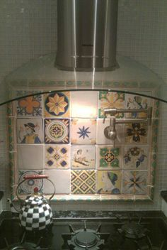 Tiles composition for the kitchen.