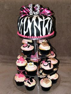 Zebra print cake and cupcakes by Eldriva, via Flickr