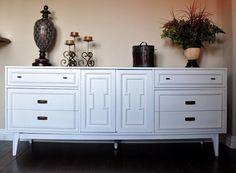 Vintage Bassett Large 9 Drawer Dresser