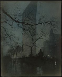 Edward J. Steichen  (American (born Luxembourg), 1879–1973). The Flatiron, 1904, printed 1909. The Metropolitan Museum of Art, New York. Alfred Stieglitz Collection, 1933 (33.43.39) #newyork #nyc