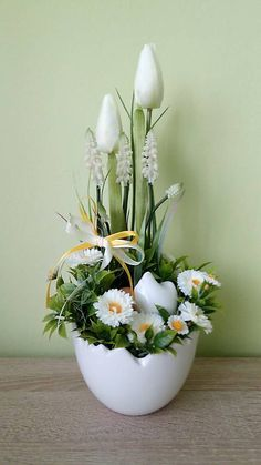 Garden Edging, Home Crafts, Floral Arrangements, Jar, Spring, Plants, Easter Decor, Easter Activities, Decorations