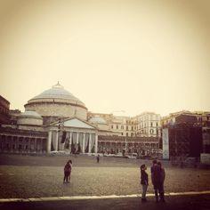 Naples, piazza del Plebiscito.