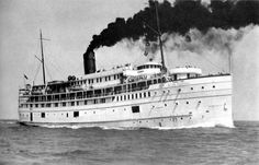 Pictorial history of the Great Lakes Passenger Ship Alabama of the Goodrich Transit Co. Fast Boats, Tug Boats, Great Lakes Shipwrecks, Great Lakes Ships, Ferry Boat, Boat Art, Boat Rental, Lake George, Boat Plans