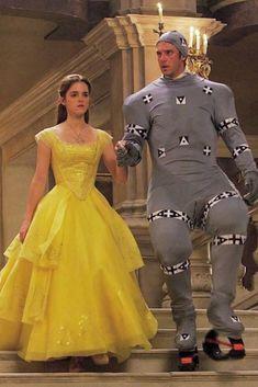 """Beauty and the Beast"" - Dan Stevens & Emma Watson - Behind the scenes / Motion Capture 🎬 🌹👧🦁 Humour Disney, Disney Memes, Dan Stevens, Disney Love, Disney Magic, Disney And Dreamworks, Disney Pixar, Disney Villains, Walt Disney"