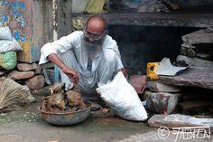 Un nouveau #portrait dans mon projet #Desvies : Le repasseur de #Bundi  A new #portrait in my #photographic project #Lives : The #launderer of Bundi  Un nuevo #retrato en mi proyeto #Vidas : El #lavandero de Bundi  http://desvies.fabien-nguyen.fr/galerie.html?page=17  #streetphotography #fotografia #photographie #trabajo #travel #viaje #job #metier #india #inde