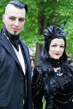 #Gothic Couple Neo-#VictorianGoth at WGT 2013 #Goth The Dark Side Fashion ❤️♠️