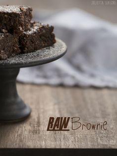 Raw Brownie Rohköstlich Datteln Walnüsse Kakao