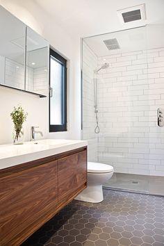 New Contemporary Bathroom Design Small New Bathroom Ideas, Modern Bathroom Design, Contemporary Bathrooms, Bathroom Interior Design, Bathroom Inspiration, Bathroom Designs, Mold In Bathroom, Bathroom Renos, White Bathroom