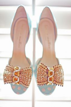 How cute are these bows! Shoes by Bettye Muller & Photography By freshinlove.com