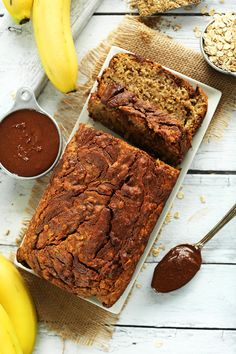 1 Bowl NUTELLA Banana Bread that's super moist, easy to make and so flavorful. The vegan nutella swirl makes it! Nutella Banana Bread, Banana Bread Recipes, Almond Recipes, Vegan Recipes, Yummy Recipes, Free Recipes, Vegan Sweets, Vegan Desserts, Dessert Recipes