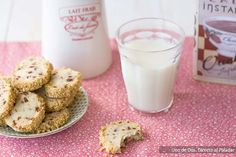 galletas cereza y avellana Kinds Of Cookies, No Bake Treats, Sugar And Spice, Glass Of Milk, Peanut Butter, Spices, Chocolate, Baking, Fruit