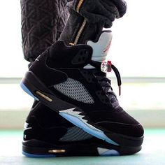 "Air Jordan 5 ""2016 Metallic Silver"""