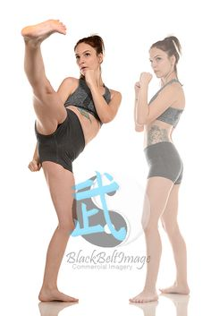 Kung-fu pose Art Reference Poses, Human Reference, Anatomy Reference, Figure Drawing Reference, Female Pose Reference, Poses Dynamiques, Art Poses, Body Poses, Drawing Poses