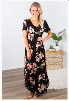 """Shop new arrivals at Beautique! Use the code """"aubree10"""" at checkout to receive 10% off your order every time you purchase!  #maxidress #floral #summer #summerfashion #womensfashion #shopsmall Trendy Fashion, Chic, Short Sleeve Dresses, Denim, Shabby Chic, Trending Fashion, Classy, Elegant, Jeans Pants"""