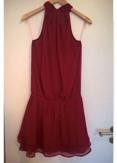 Krásné červené šaty