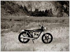 AD & RM 85 Kawasaki KH100 - The Pickle - Pipeburn - Purveyors of Classic Motorcycles, Cafe Racers & Benutzerdefinierte Motorräder