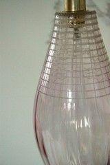 VINTAGE, lustre suspension ancien luminaire abat jour en verre vieux rose et gravé - La Nouvelle Raffinerie