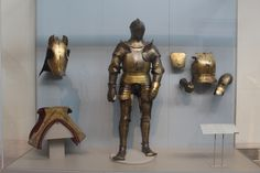 Henry viii gold armor Gold Armor, Armours, Henry Viii, Fantasy Costumes, Medieval Fantasy, Costume Design, Armors, Apparel Design, Suit Of Armor