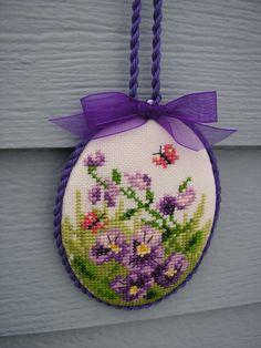Easter Egg Pansys Tiny Cross Stitch, Cross Stitch Finishing, Cross Stitch Flowers, Silk Ribbon Embroidery, Diy Embroidery, Cross Stitch Embroidery, Cross Designs, Cross Stitch Designs, Cross Stitch Patterns