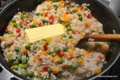 orez cu legume si unt reteta foarte buna Healthy Recipes, Healthy Meals, Healthy Food, Food Art, Broccoli, Risotto, Side Dishes, Grains, Food And Drink