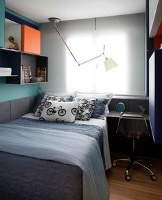 Fun and Original Ideas for Boy's Bedroom Decor – Voyage Afield Home Office Bedroom, Boys Bedroom Decor, Trendy Bedroom, Bedroom Ideas, Hotel Room Design, Small Room Design, Interior Design Courses, Ideas Hogar, Home Decor